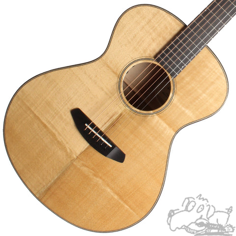 Breedlove Oregon Concert Limited Edition Myrtlewood 21760