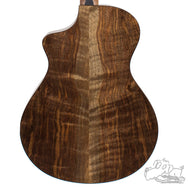 Breedlove Limited Run Premier Concert CE Sitka-Walnut (Scratch and Dent Special)