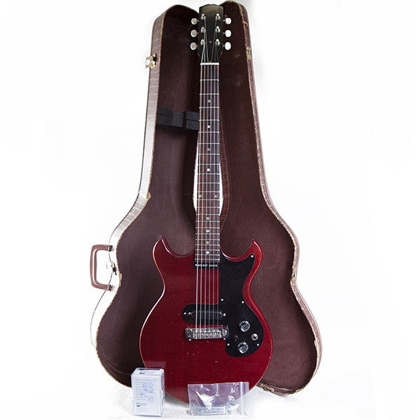 1965 GIBSON MELODY MAKER, CHERRY RED - Garrett Park Guitars  - 9