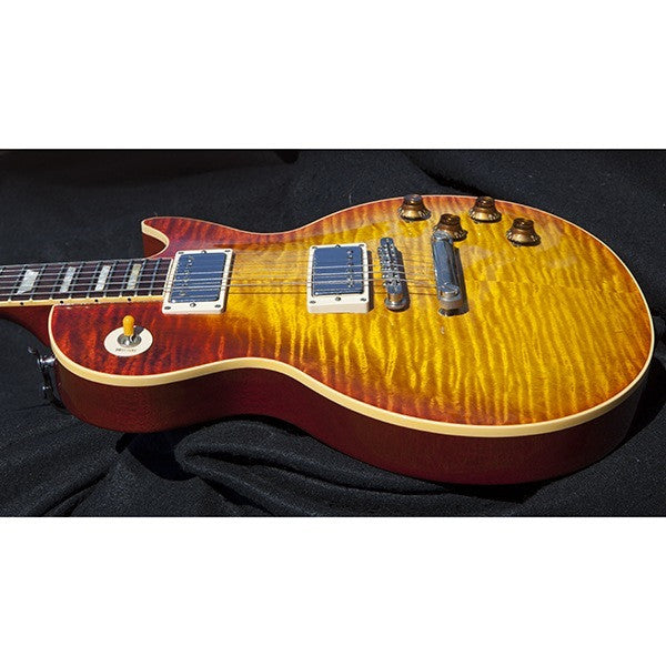 1993 Gibson Custom Shop Les Paul R9, Heritage Cherry Sunburst - Garrett Park Guitars  - 16
