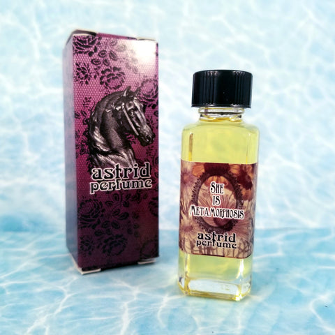 Astrid Perfume: She is Metamorphosis