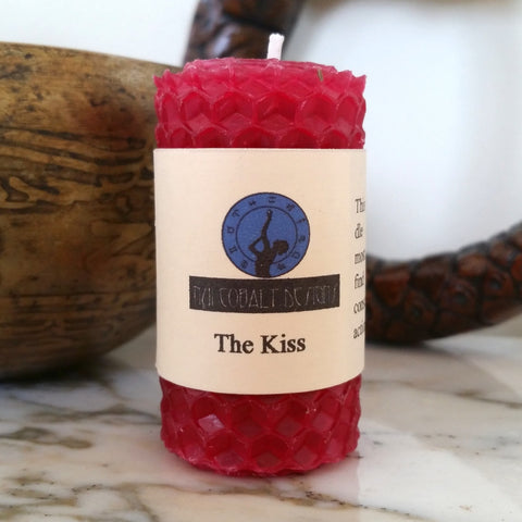 The Kiss Mini Candle - Nui Cobalt Designs