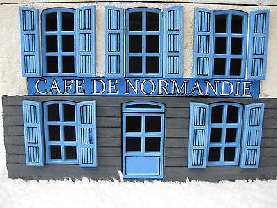 "28mm 1:56 ""Cafe De Normandie"""