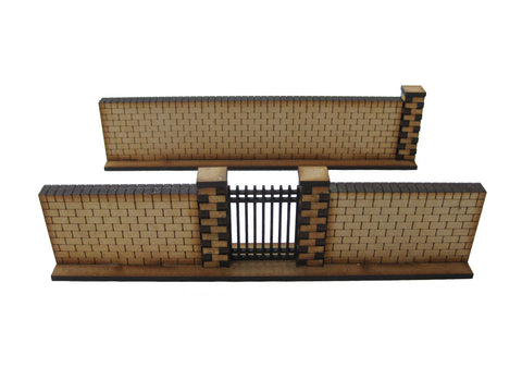 28mm 1:56 Red Brick Walls (1 x gate section & 1x straight piece )