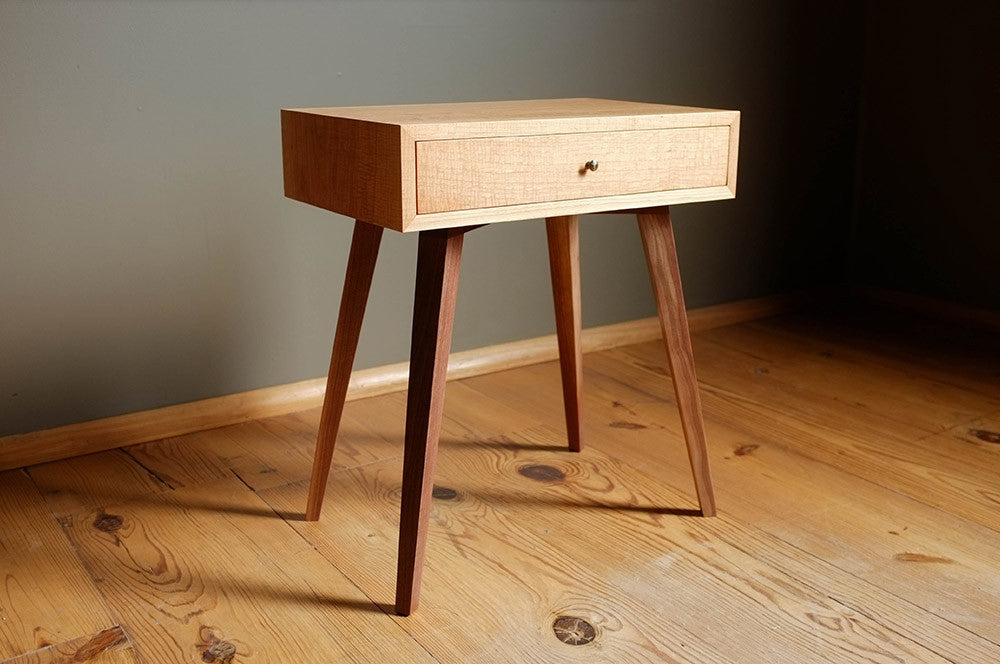 Hickory Endtable