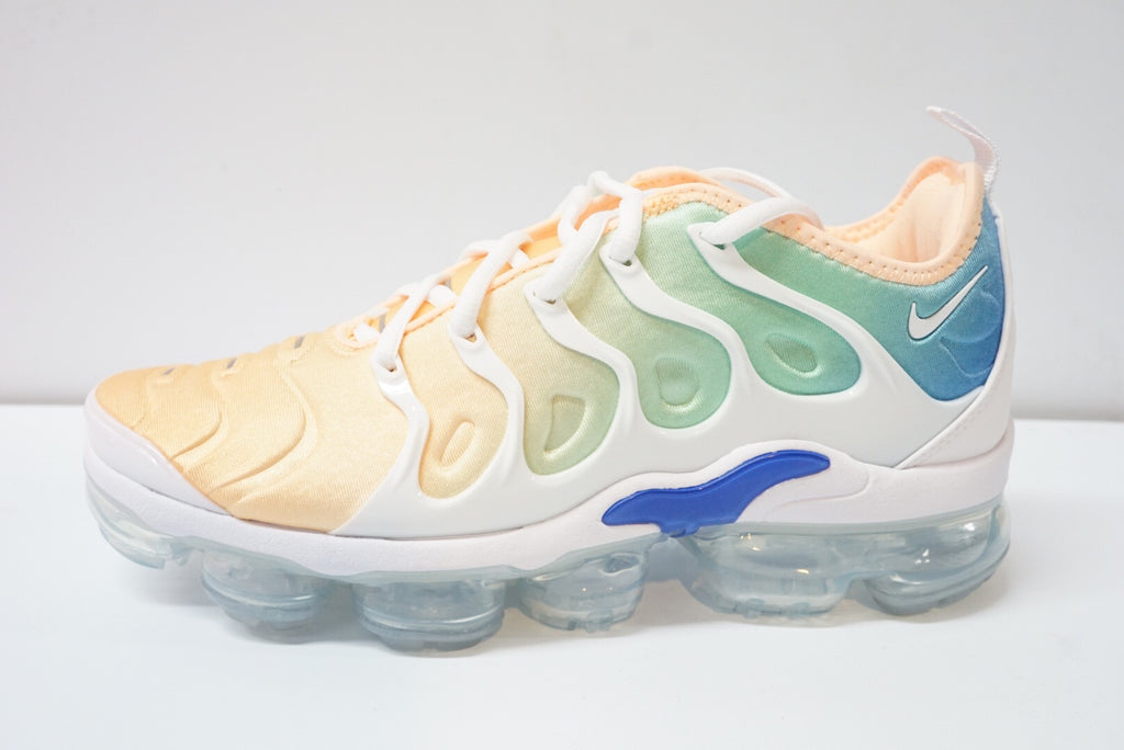 d18e161dc987 Nike Air Vapormax Plus  Light Menta  Womens – airdrizzykicks.com