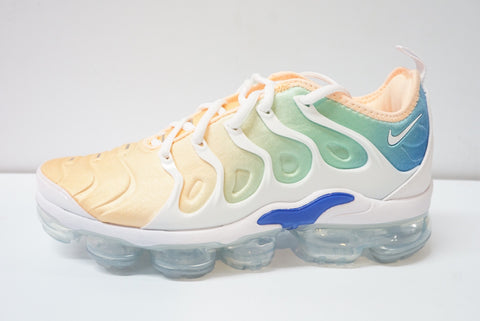 Nike Air Vapormax Plus 'Light Menta' Womens AO4550-100