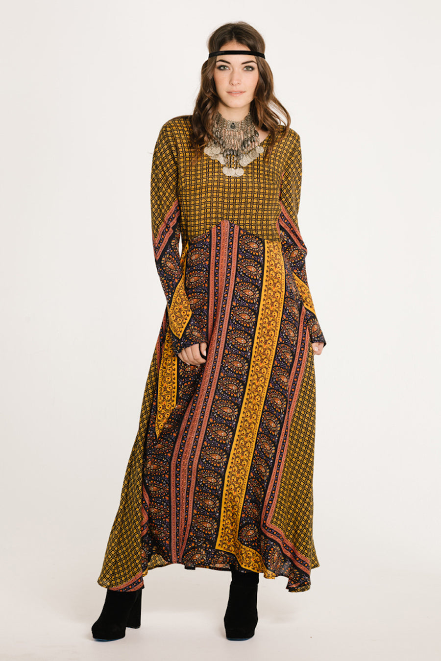 ON THE HORIZON LONG SLEEVE MAXI