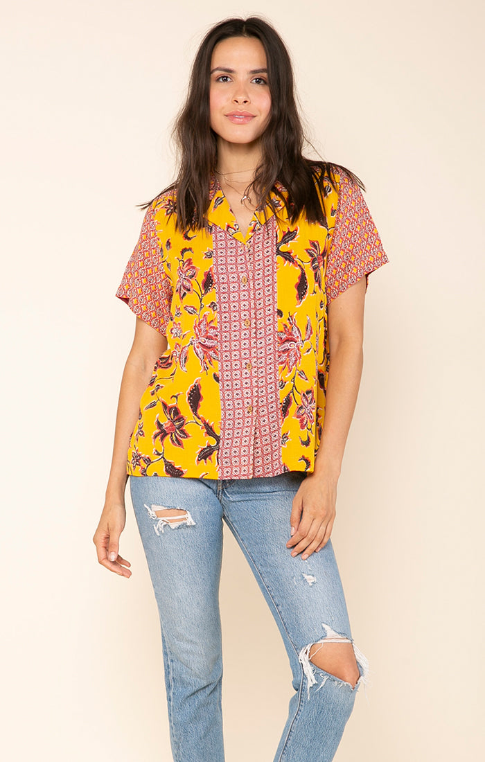 DAZE IN THE SUN BUTTON-UP TOP