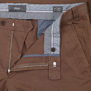 Brax Evans Chino in Tobacco