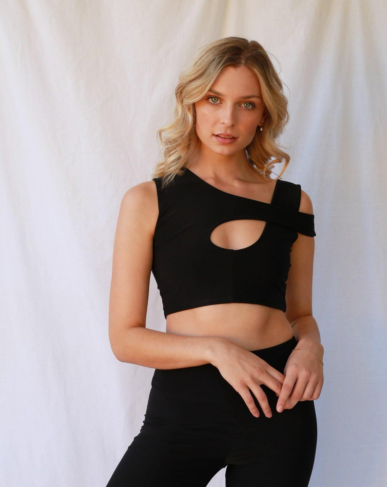 Kendall Crop Top Black freeshipping - Evangeline