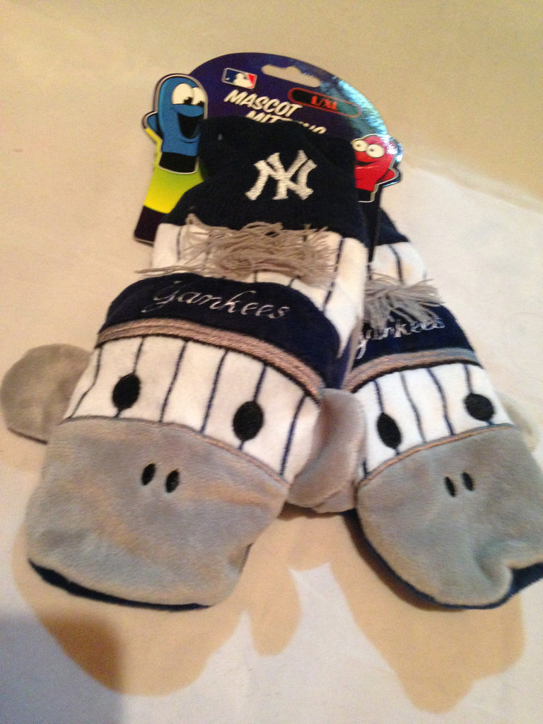 MLB New York Yankees Youth Mascot Mittens