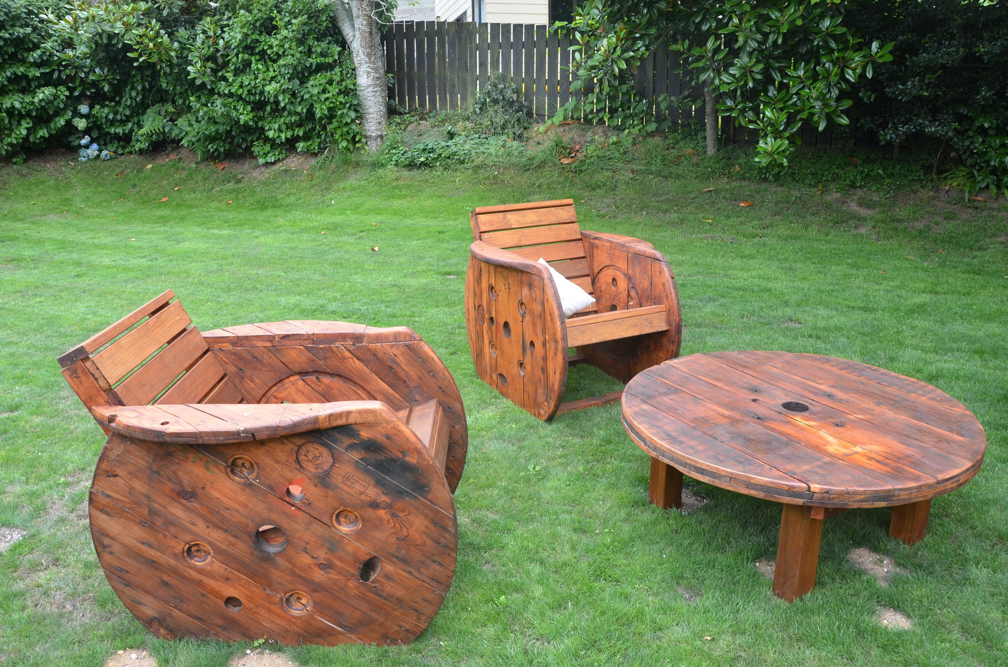 Up-cycled Outdoor Lounge Suite. - FourLeaf  - 3