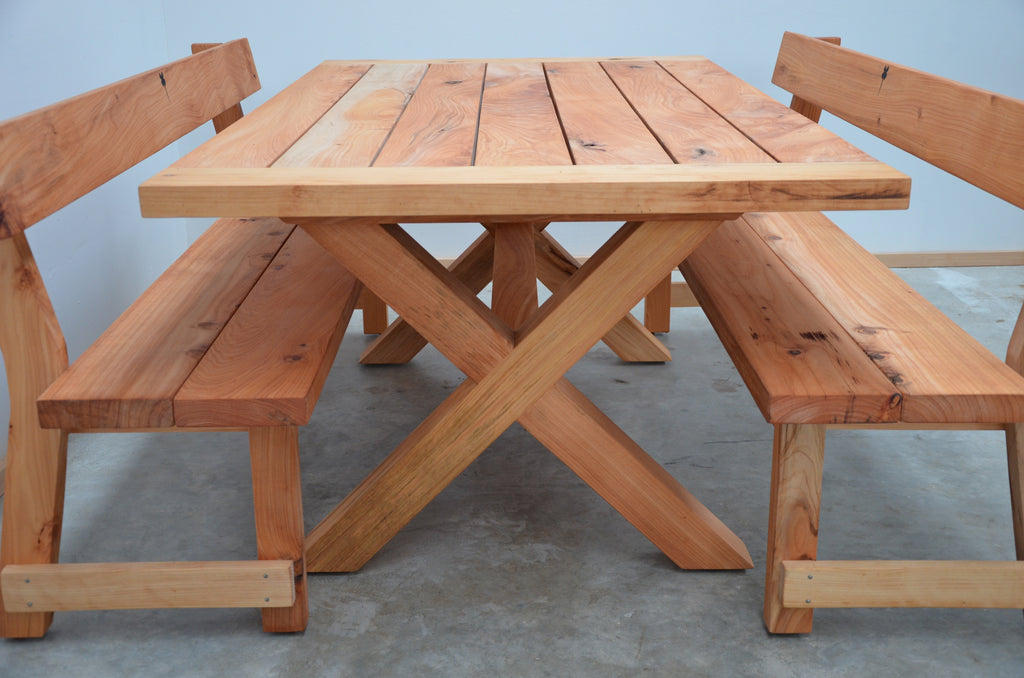 Matakana outdoor table