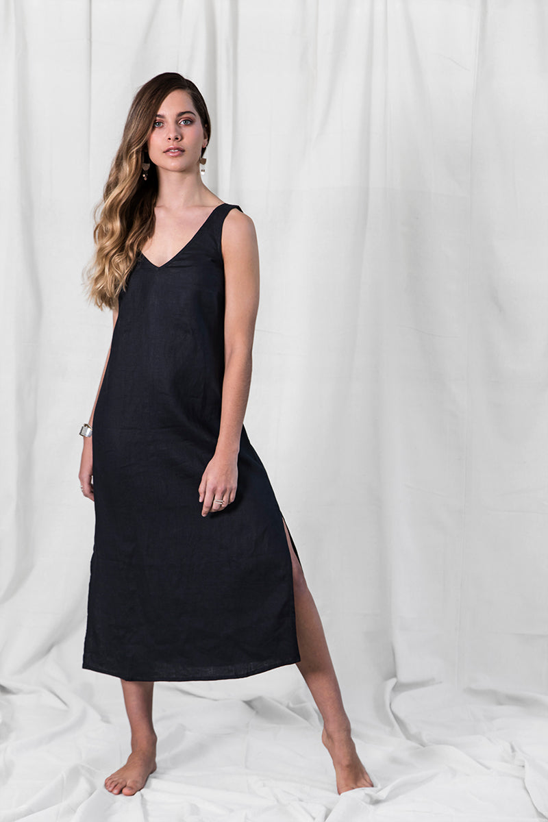 Mudra Linen Dress - Black
