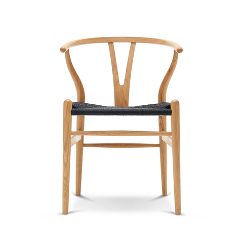 Carl Hansen & Son CH 24 Wishbone Chair with Oil Finish Y 字椅 油裝款 - 黑色紙纖座椅