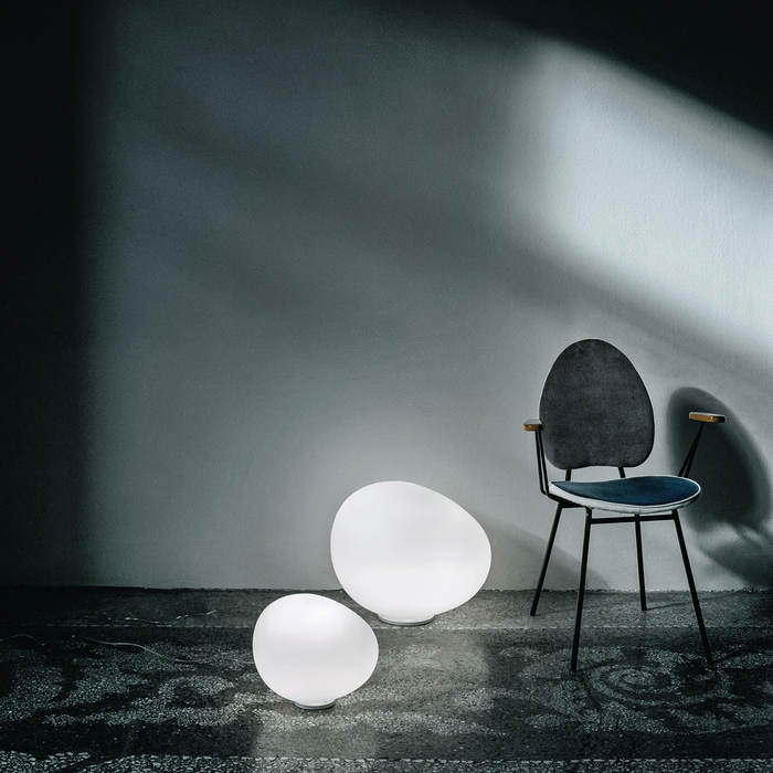 Foscarini Gregg Tavolo Table Lamp 重生 霧白玻璃 造型桌燈
