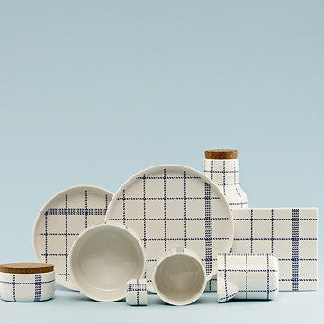 Normann Copenhagen Mormor Blue Board in Large 藍色格紋 方形瓷盤 大尺寸