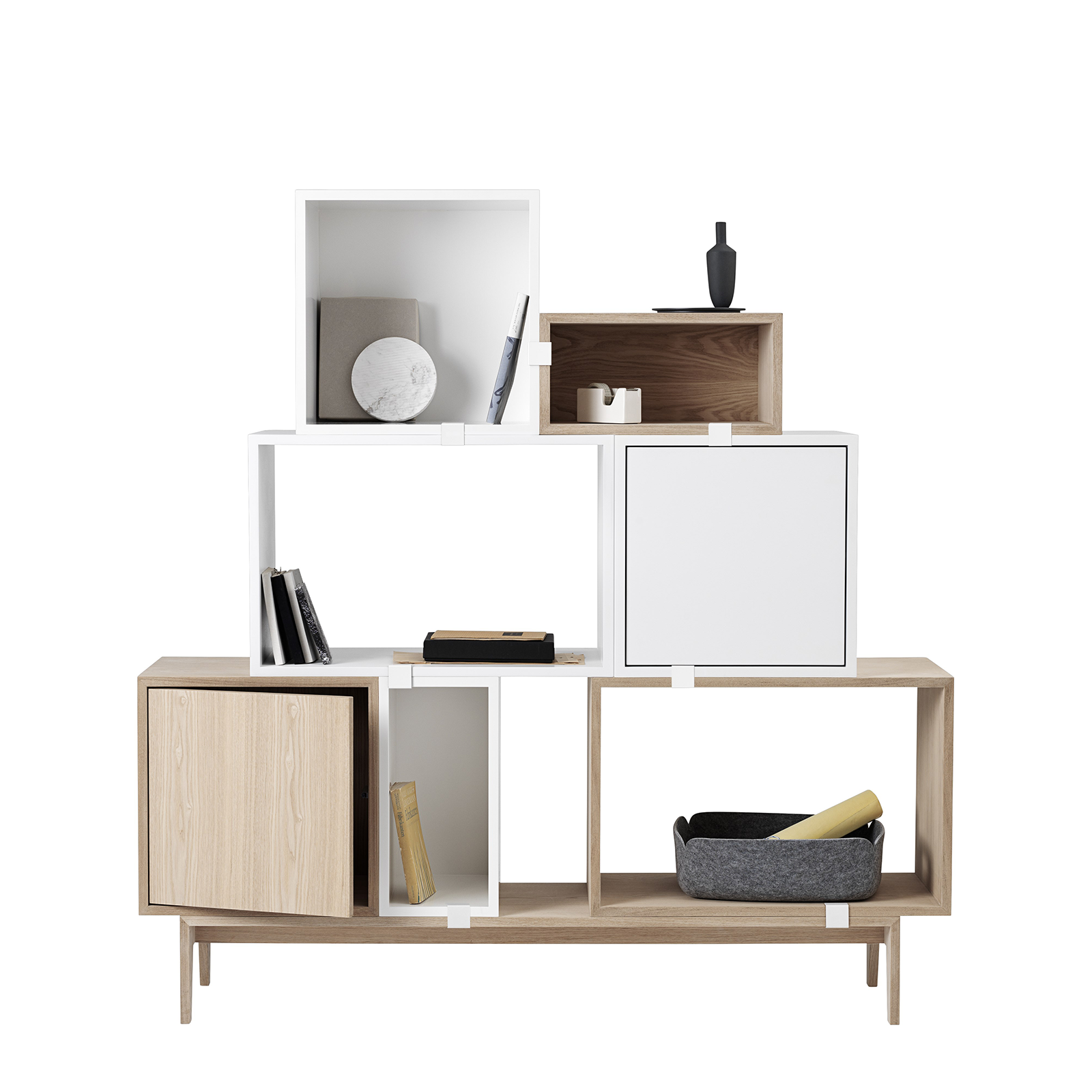 Muuto Stacked Storage System 2.0 Podium 131x35cm 木質方格系列 標準型 壁面收納櫃 底座配件