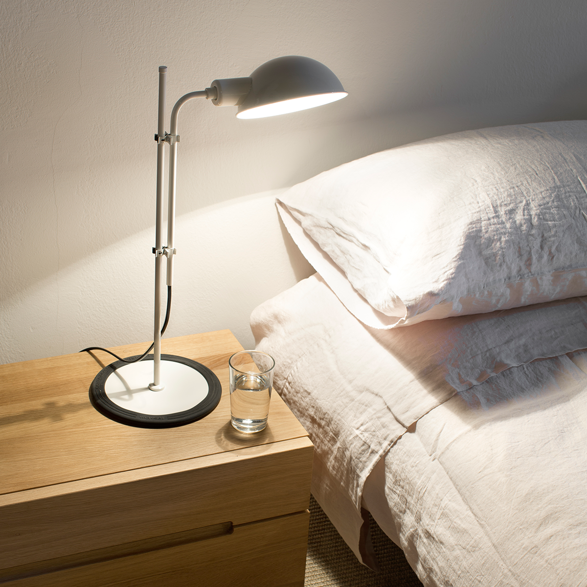 Marset Funiculi Table Lamp 線條系列 桌燈