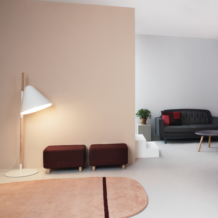 Normann Copenhagen Hello Floor Lamp 哈囉 立燈