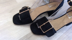 BLACK BUCKLE DETAILED HEELED SHOE
