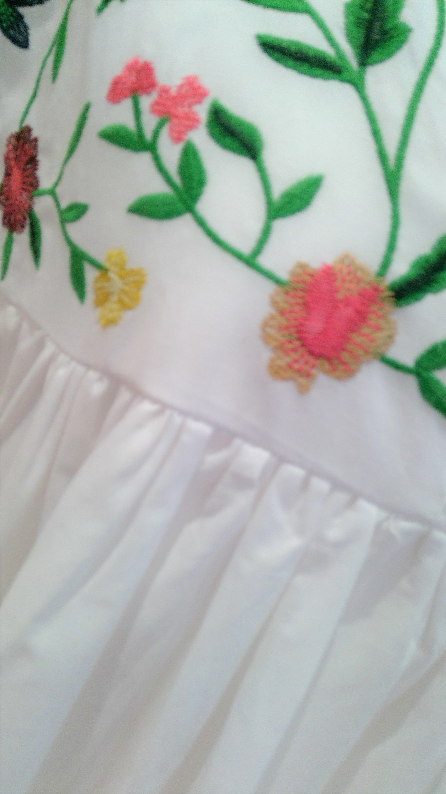 WHITE EMBROIDERED DETAIL SMOCK PLAYSUIT