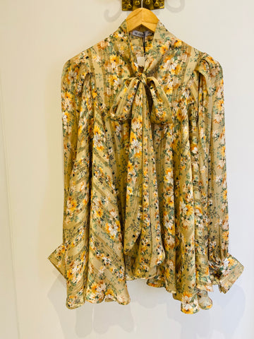 CREAM FLORAL OVERSIZED PUSSYBOW BLOUSE
