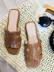 CAMEL CROC DETAILED SLIP ON SLIDER