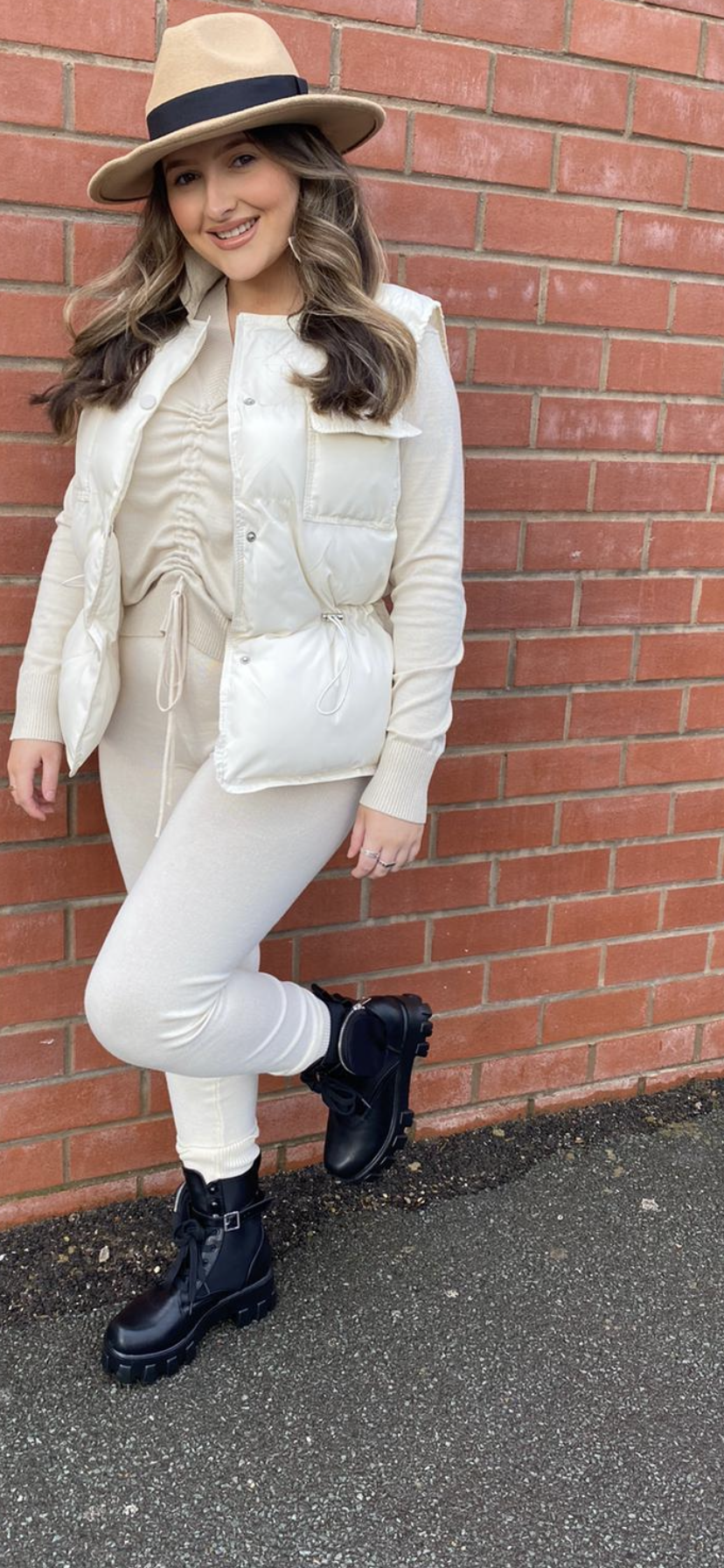 CREAM PADDED GILET