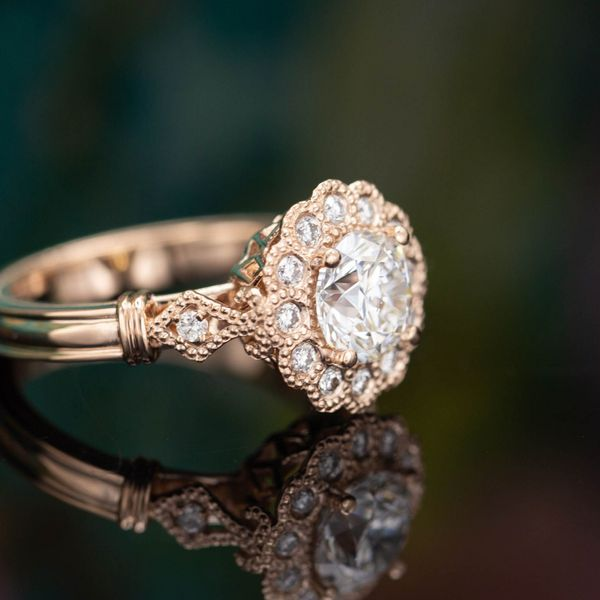 Why Buy a Custom Engagement Ring in 2020?