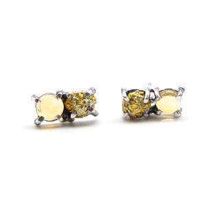 Double Stone Stud Earrings: Funky Yellows