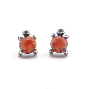 Single Stone Stud Earrings: Red