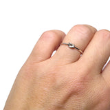 Tiny Knot Ring