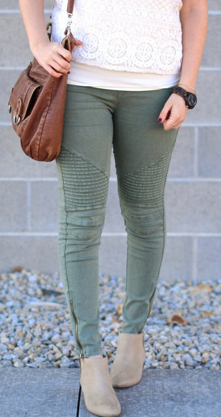 Olive_Green_Moto_Jeggings_Unhinged_Boutique_Zipper_Jeggings_free_shipping