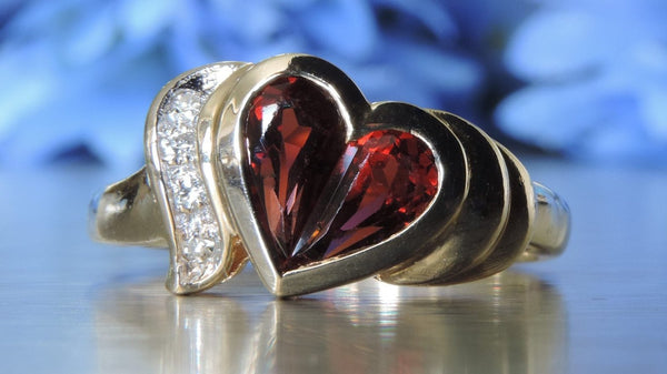DIAMOND AND ALMANDITE GARNET HEART CLUSTER RING