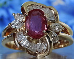 DIAMOND AND RUBY SWIRL CELEBRATION RING