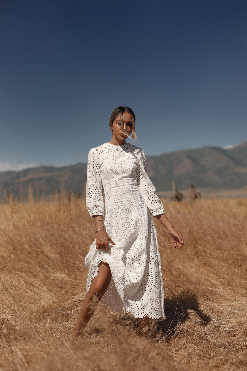 Eyelet Island | Pineapple Lace Patterned White Dress