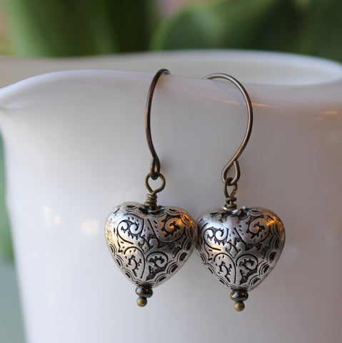 Boho Chic Summer Earrings with Silver Hearts