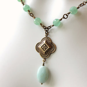 Boho chic aventurine stone necklace in green
