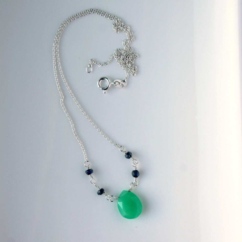 store chrysoprase necklace product bead