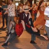 Lindy hop dancers in Aris Allens