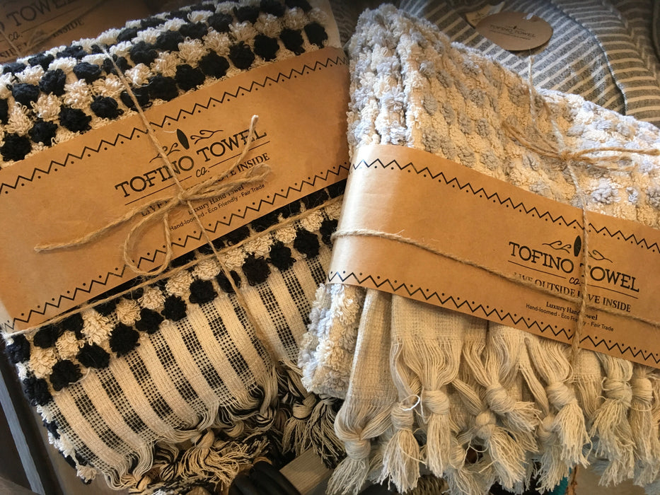 Tofino Towel Bath Towel The Pearl