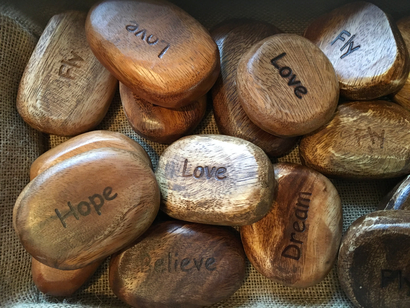 Acacia Wood Stone with Inspiring Word