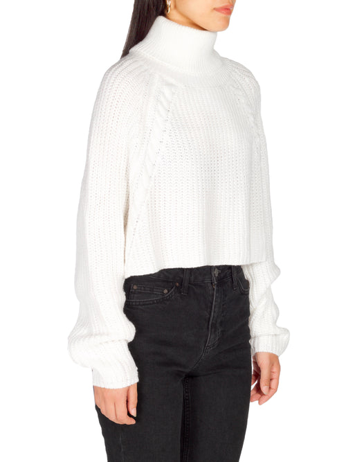 HAILEY White Knit Crop