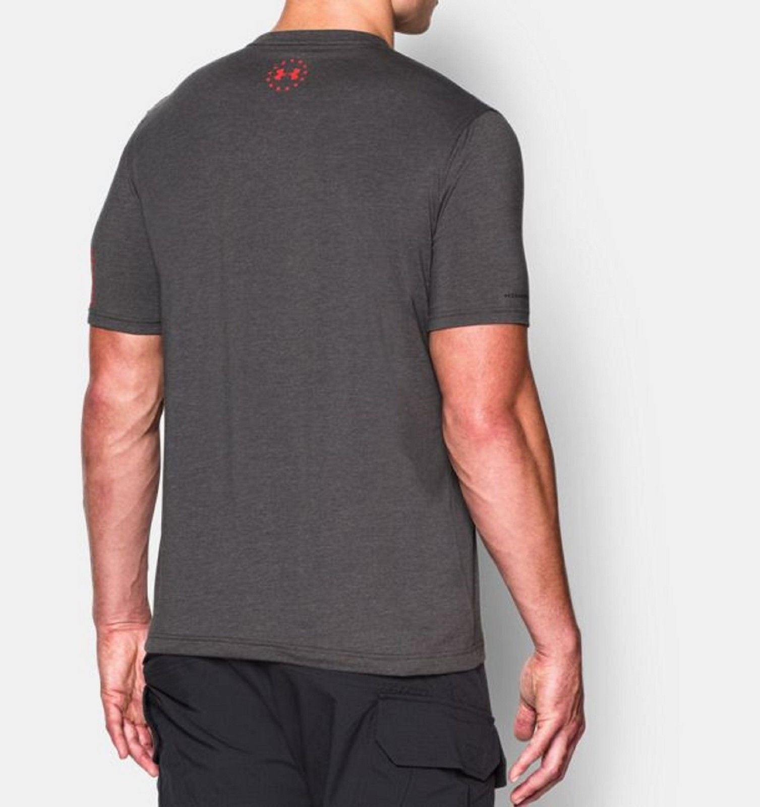 Under Armour Freedom Logo T-Shirt - UA Mens Full & Loose Fit