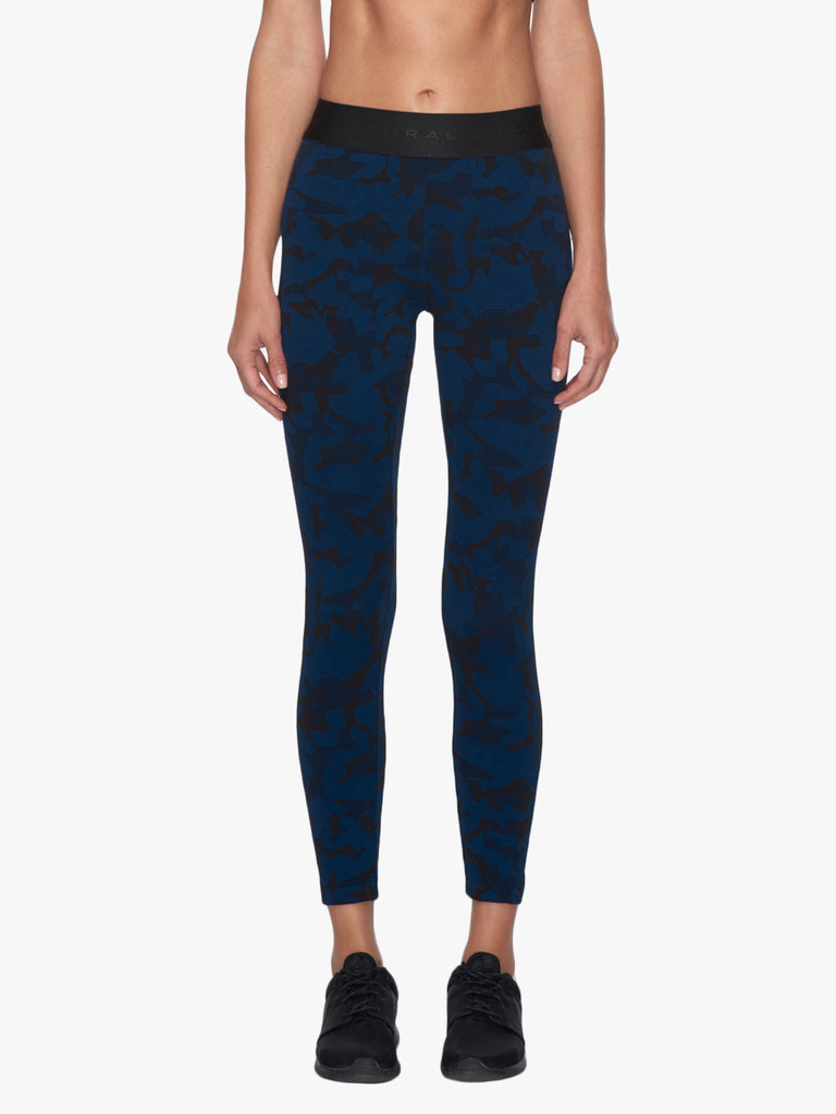 Knockout Cropped Legging - Midnight Blue Camo/Black