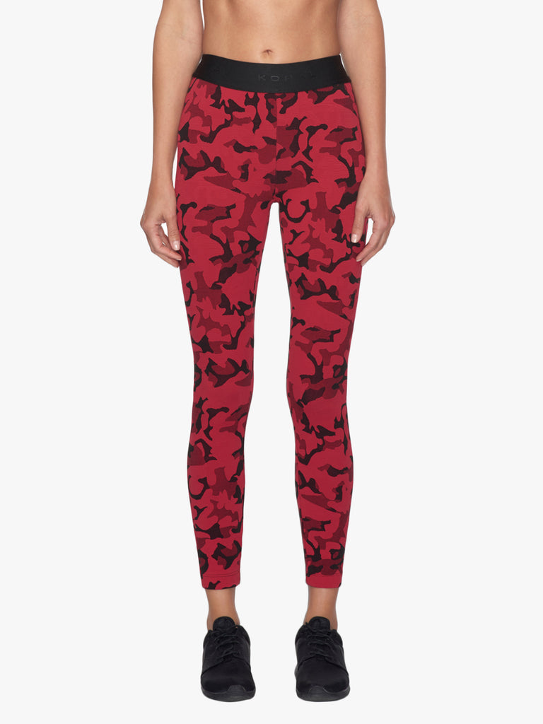 Knockout Cropped Legging - Scarlett Camo/Black