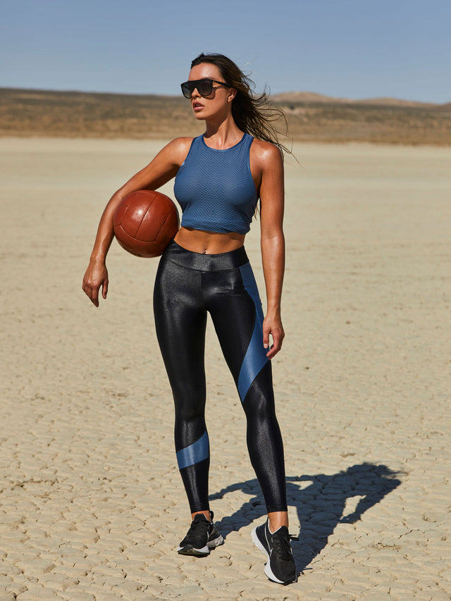 Koral Pista Infinity Legging in Black and Hale Blue