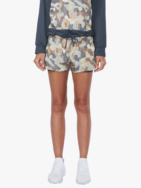 Sand Damask Running Short - Ashen/Camo